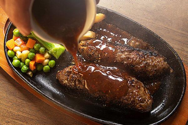 Hamburger_3_Sauce